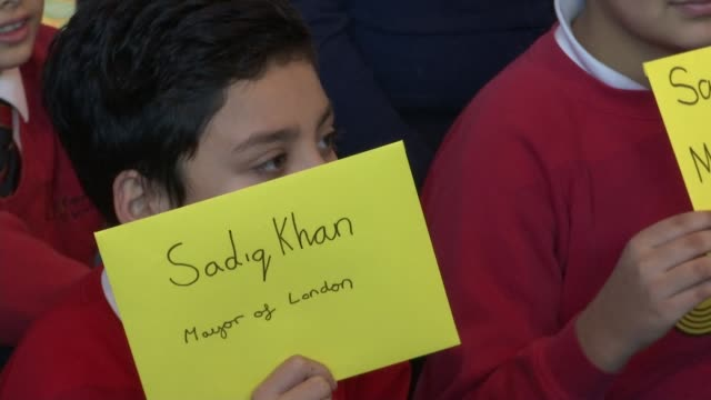 worries over air quality trigger pollution alerts across the country schoolchildren and greenpeace workers children sadiq khan posing with... - sadiq khan stock videos & royalty-free footage