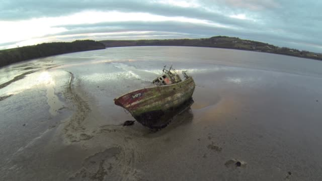 wrecked boat - 1 minute or greater stock videos & royalty-free footage