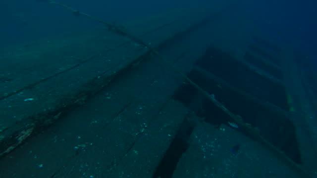 Verwoeste woody speedboot