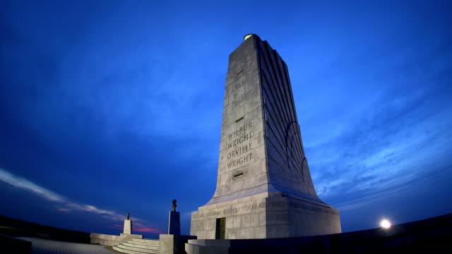 vídeos y material grabado en eventos de stock de de los hermanos wright monumento nacional al atardecer - wilbur wright