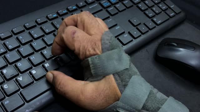 wrist splint - injured stock videos & royalty-free footage