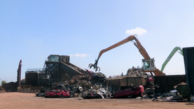 wss uk scrapyard - newcastle upon tyne stock-videos und b-roll-filmmaterial