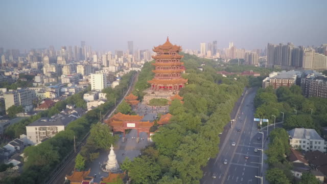 wuhan yellow crane tower - wuhan stock-videos und b-roll-filmmaterial