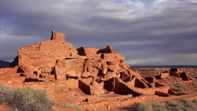 wupatki pueblo ruins in arizona - puebloan peoples stock videos & royalty-free footage
