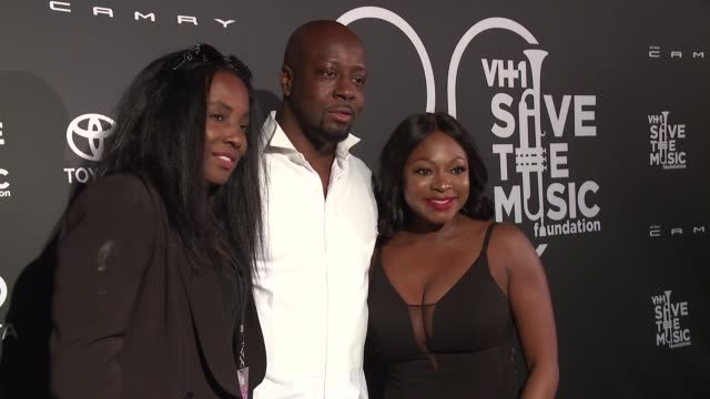 stockvideo's en b-roll-footage met wyclef jean claudinette jean and naturi naughton at vh1 save the music 20th anniversary gala at sir stage 37 on october 16 2017 in new york city - vh1