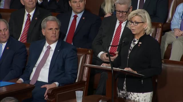 stockvideo's en b-roll-footage met wyoming congresswoman liz cheney says in nominating california congressman kevin mccarthy for speaker that he would never compromise on fundamental... - congreslid