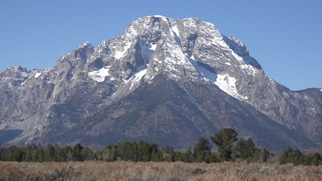 wyoming majestic mount moran in the tetons - mt moran stock videos & royalty-free footage