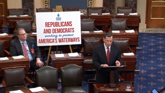 stockvideo's en b-roll-footage met wyoming senator john barrasso argues against a rulemaking by the environmental protection agency citing court decisions staying the rule - mileubeschermingorganisatie