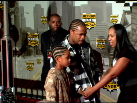 xzibit and son, jermaine at the 2006 vh1 hip hop honors at the hammerstein ballroom in new york, new york on october 7, 2006. - xzibit点の映像素材/bロール