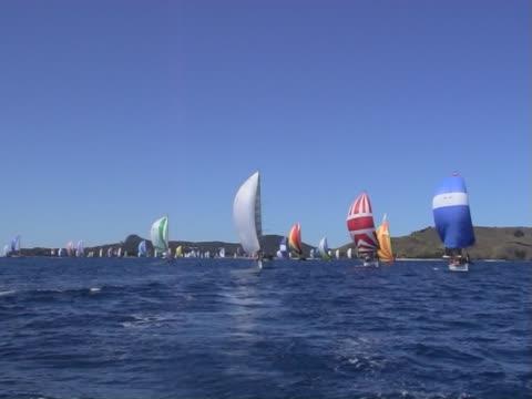yacht-rennen - regatta stock-videos und b-roll-filmmaterial