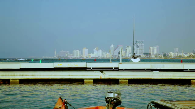 yacht segeln auf dem meer - tel aviv stock-videos und b-roll-filmmaterial