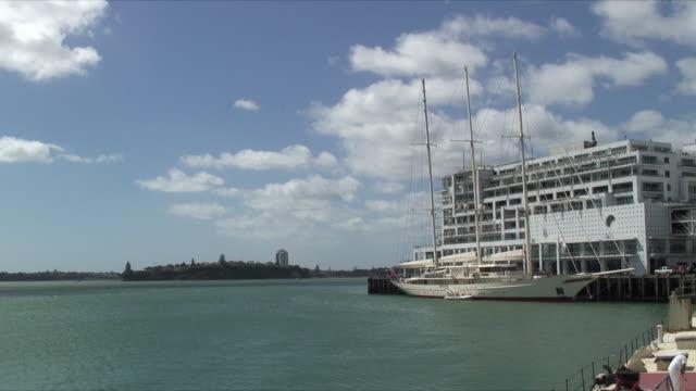 ms yachts docked at waitemata harbor, auckland, new zealand - new zealand stock-videos und b-roll-filmmaterial