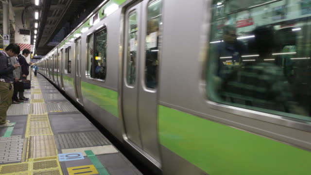 jr yamanote line arriving - underground station platform stock videos & royalty-free footage