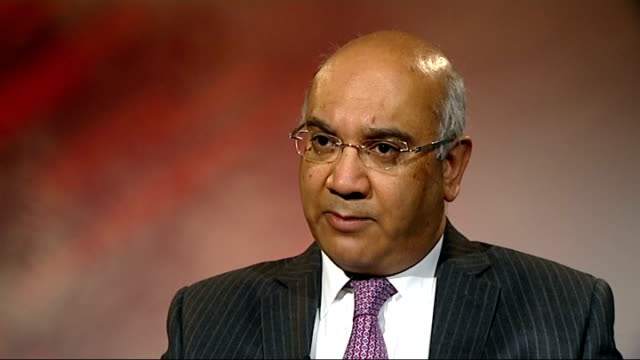 vídeos de stock, filmes e b-roll de yashika bageerathi deported to mauritius despite last minute court appeal westminster keith vaz mp interview sot - ilhas mascarene