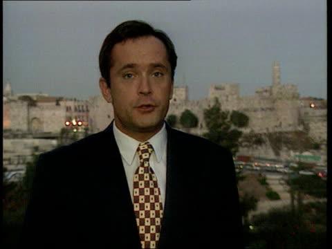 Yasser Arafat visit / Rabin murder commission ITN Jerusalem CMS Moore i/c SOT sign off