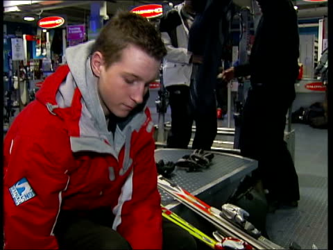 stockvideo's en b-roll-footage met 15 year old olympic hopeful jack evans england buckinghamshire milton keynes jack evans putting on his ski boots jack evans interview sot ambition is... - ski jack