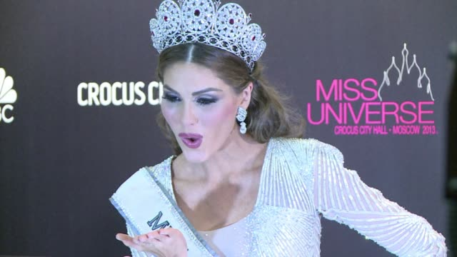 a 25 year old venezuelan television presenter gabriela isler on saturday was crowned miss universe in moscow in a glittering ceremony clean... - beauty contest stock videos & royalty-free footage