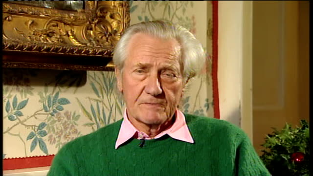 30 year rule documents reveal thatcher government response to riots of 1981 oxfordshire int lord heseltine interview sot responds to treasury advice... - verringerung stock-videos und b-roll-filmmaterial