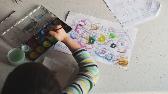 4-5 years child painting with watercolor at home - 4 5 years stock videos & royalty-free footage