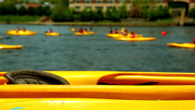 in kayak sul fiume giallo corsa - group of objects video stock e b–roll