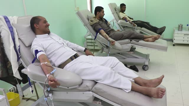 YEM: People Give Blood During Urgent Blood Donation Campaign In Yemen