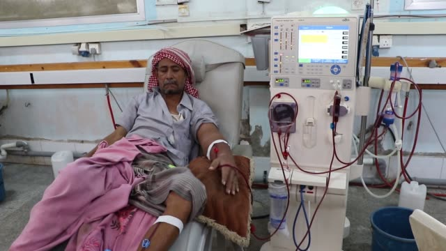 yemeni patients with kidney failure undergo dialysis at a dialysis center in a hospital on february 06 2018 in hodeidah yemen according to the... - red cross stock videos & royalty-free footage
