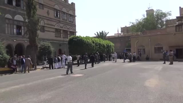 yemeni president of the assembly yahya ali errai manages the session which is organized after the call of ousted leader ali abdullah saleh's general... - congress party stock videos and b-roll footage