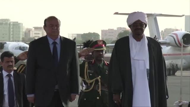 yemens exiled president abedrabbo mansur hadi said on saturday that his forces were battling shiite huthi rebels across the country to check iranian... - esilio video stock e b–roll