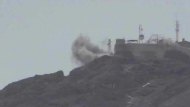 Yemen's government accused southern separatists of an attempted coup on Sunday after they took over its headquarters amid fierce clashes in the city...