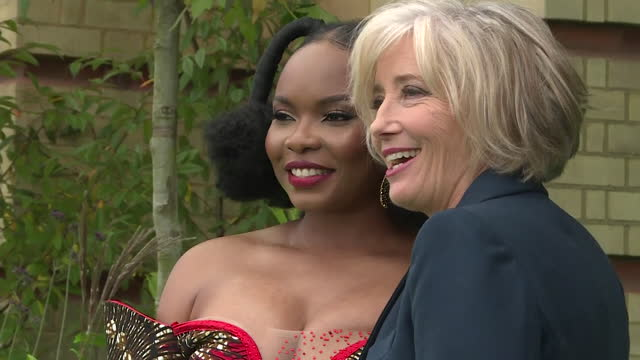 yemi alade, singer, and emma thompson, actor, pose on green carpet together at earthshot prize ceremony at alexandra palace - actor stock videos & royalty-free footage