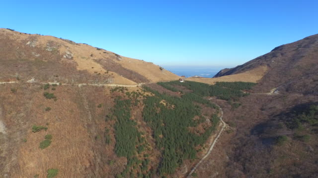 yeongnam alps mountain ranges / ulju-gun, ulsan, south korea - luogo d'interesse locale video stock e b–roll