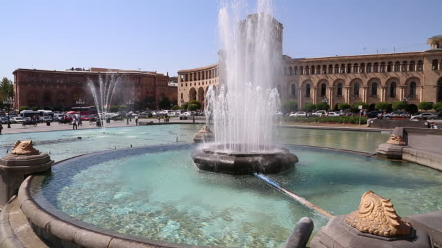 yerevan, fountain in the piazza della republica (republic square) - eastern european culture stock videos & royalty-free footage