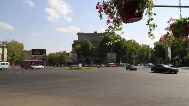 yerevan, traffic in the france square - osteuropäische kultur stock-videos und b-roll-filmmaterial