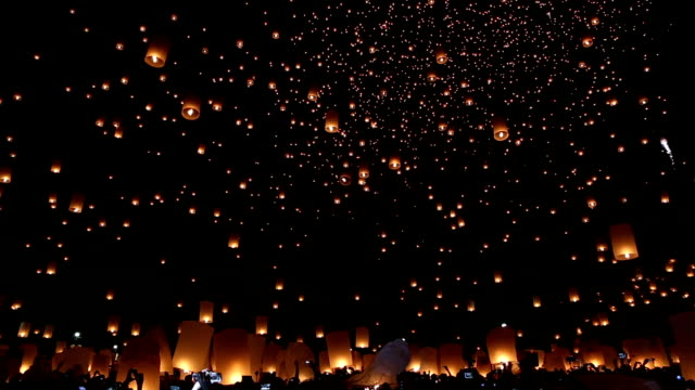 yi peng or yee peng,chiang mai province, thailand - sky lantern stock videos and b-roll footage