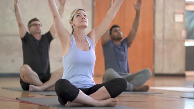 yoga class - mindfulness stock videos & royalty-free footage
