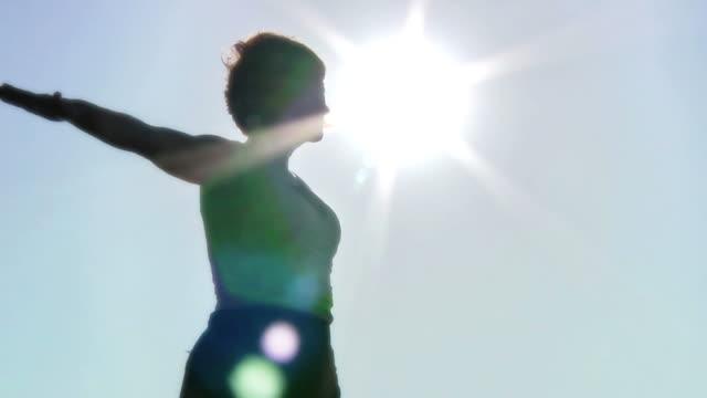 stockvideo's en b-roll-footage met yoga moves v.2 (hd) - menselijke arm