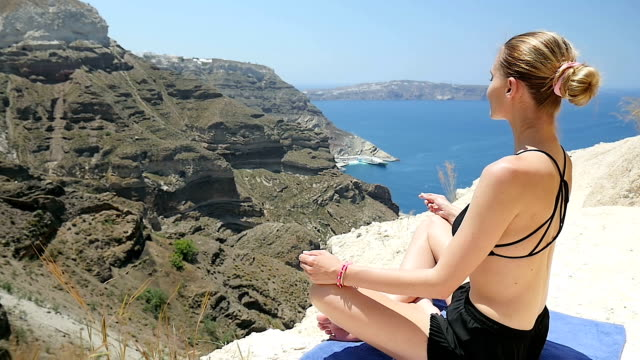 Yoga & Santorini vacations