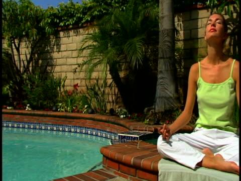 yoga - lotusställning bildbanksvideor och videomaterial från bakom kulisserna