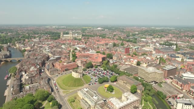 york in summer tracking right to left - river ouse stock videos & royalty-free footage