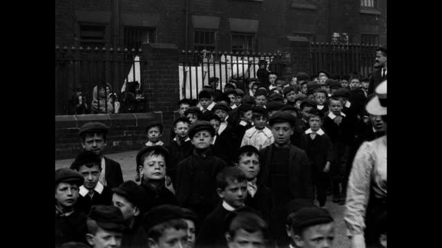 vidéos et rushes de york road board school, leeds, 1901 - 1901