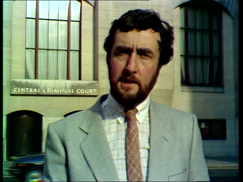 """vidéos et rushes de yorkshire ripper trial; ken rees: sof: """"when -- well said sutcliffe it's me."""" + sign off *ends abruptly* - yorkshire"""
