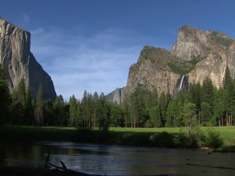 yosemite: el capitan to cathedral rocks - alm stock-videos und b-roll-filmmaterial