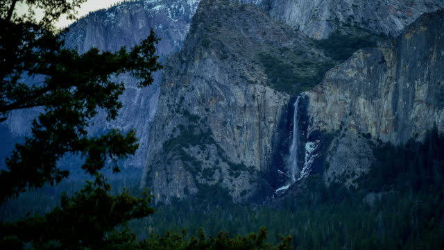 yosemite national park sunset: tunnel view - river merced stock videos & royalty-free footage