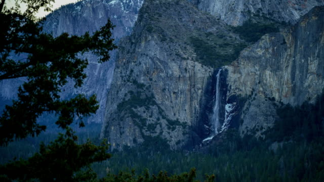 yosemite national park sunset: tunnel view - sequoia stock videos & royalty-free footage