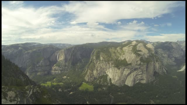 yosemite park timelapse - upper yosemite falls stock videos & royalty-free footage