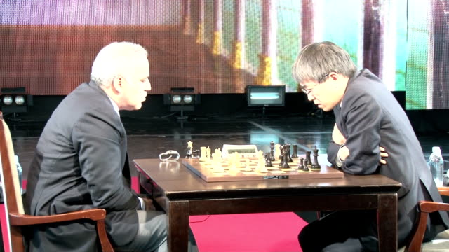 yoshiharu habu champion of shogi or japanese chess took on former chess king garry kasparov from russia during a special event in tokyo on november... - früherer stock-videos und b-roll-filmmaterial