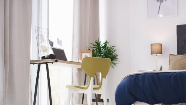 vidéos et rushes de vous n'avez pas besoin d'une salle dédiée pour créer votre propre bureau - bureau ameublement
