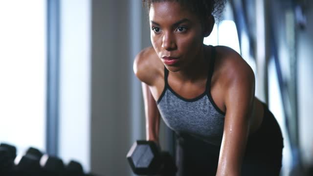 vídeos y material grabado en eventos de stock de tienes que hacer ejercicio para darte pequeñas ganancias - autodisciplina