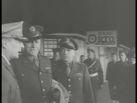 stockvideo's en b-roll-footage met young arthur macarthur holding mother's hand recalled us general douglas macarthur w/ other officers mrs jean marie macarthur getting into car w/ son... - douglas macarthur