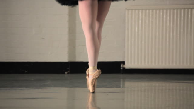 ms young ballerina rehearsing in dance studio, low section / london, england - en pointe stock videos and b-roll footage